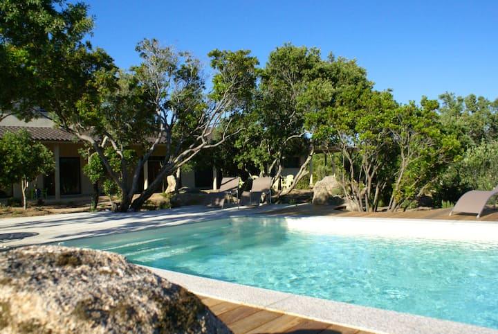 Villa privée, clim, piscine, Le chêne, mer, maquis
