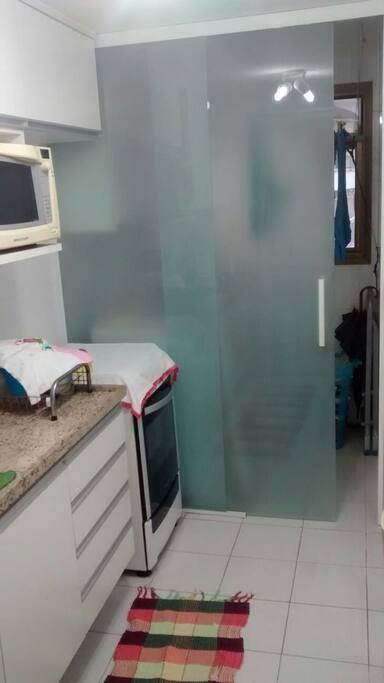Cozinha / Lavanderia (Kitchen / Laundry)
