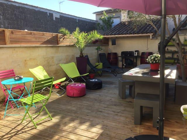 Chambre Cosy dans charmante échoppe - Libourne - Dům