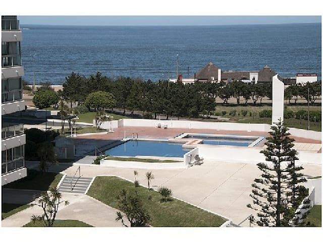 LINCOLN CENTER,FRONT BEACH 3 ROOMS - Punta del Este - Apartamento