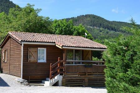 Chalet Montana N°1 avec terrasse couverte