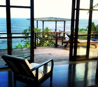 CLIFF FRONT 5 STAR LUXURY PANDAWA BEACH 3 BEDROOMS - Villa