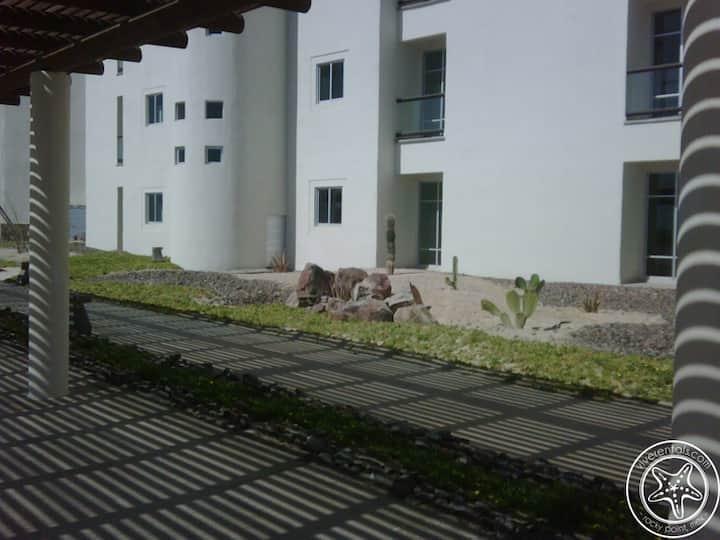 Casa Felsted at Mayan Lakes