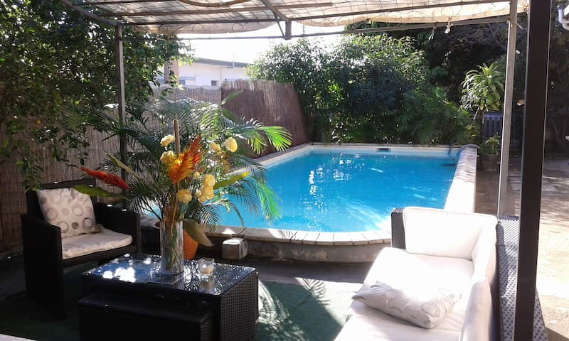 1 bedroom - Home with swimming pool - 5mn downtown - Nouméa - Rivitalo
