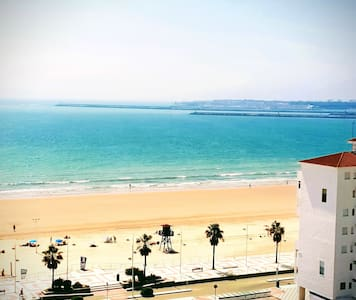 Apartamento Moderno Primera Linea de Playa