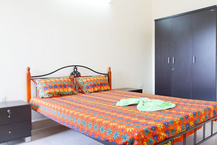 Calangute Beauty 2bhk Apartment - Calangute - Appartement