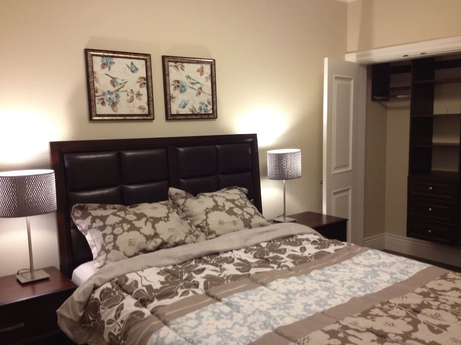 Modern 2 Bedroom Suite In Vancouver Houses For Rent In Vancouver British Columbia Canada