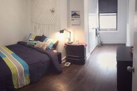 Private, clean, cozy bedroom | Astoria, Queens - Queens - Departamento