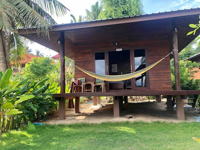 ITSARA private beach - Carmen bungalow