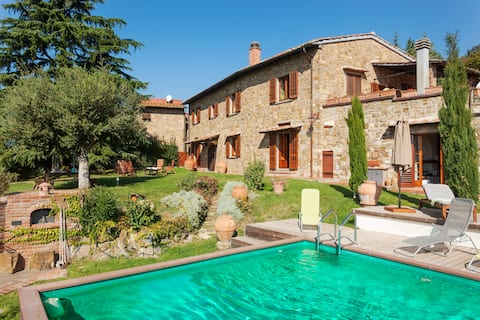 Part of villa private  pool, view on Florence