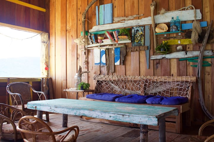 Barracuda Bunkhouse and hostel - Krong Preah Sihanouk - Internat