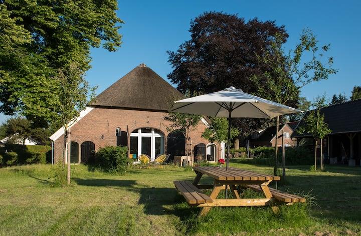 Huize Middendorp, monumentale boerderij Veluwezoom