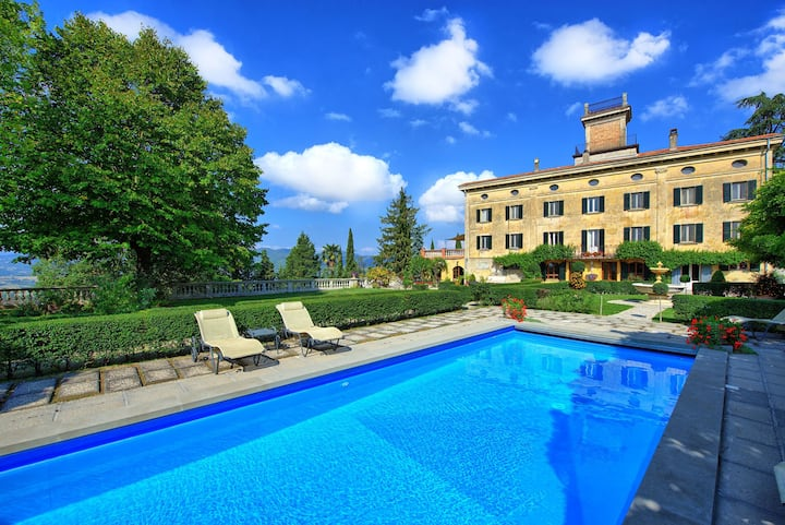 Villa Terrie - Luxury Villa Rental with swimming pool in Umbria