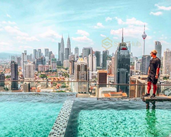 Skyline KL Highest Level Suite_KLCC Infinity Pool