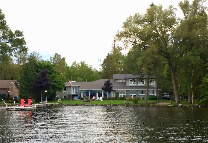 Lake Front Loft