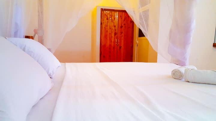 Monsoon Villas - Double Bedroom With Prvt Bathroom