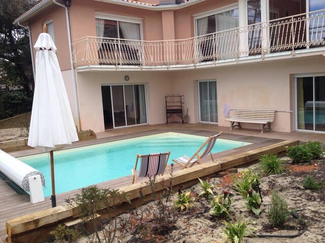 Bel appartement en rez-de-jardin - La Teste-de-Buch - Lägenhet