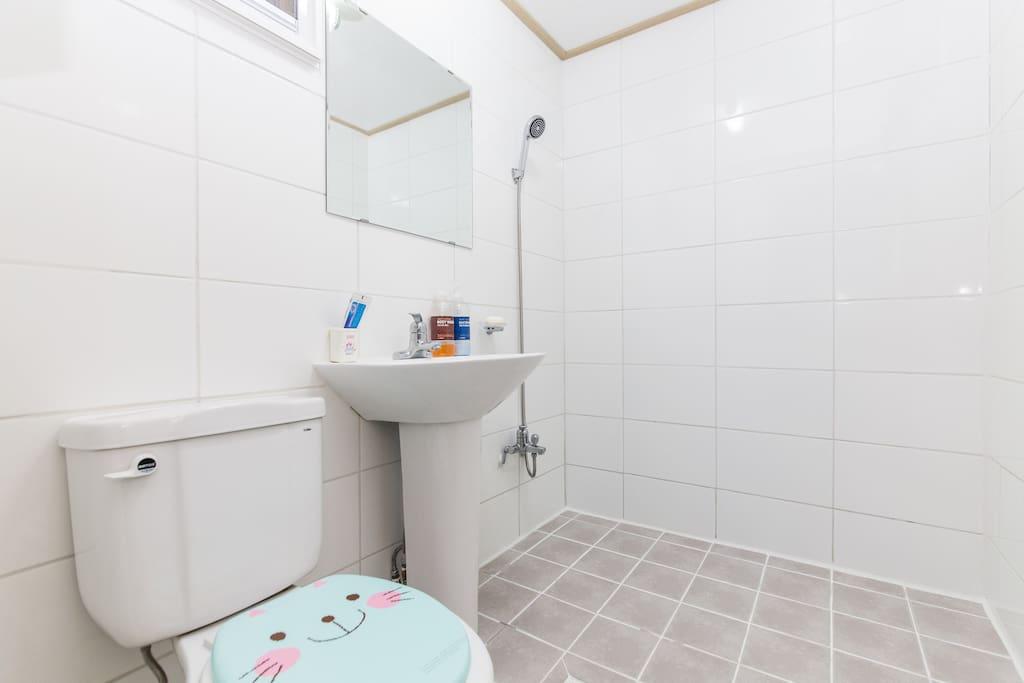 화장실과 샤워실