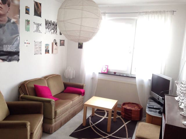 Super central room for one person - Mainz - Apartamento