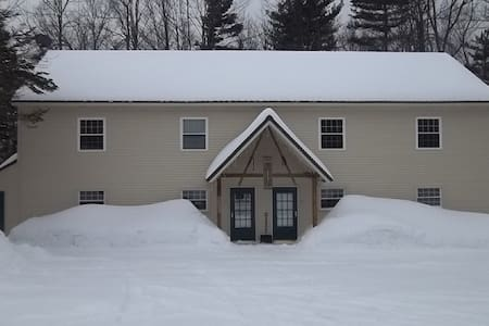Triple Tree Lodging 2 bedroom Townhouse Units - Stratton
