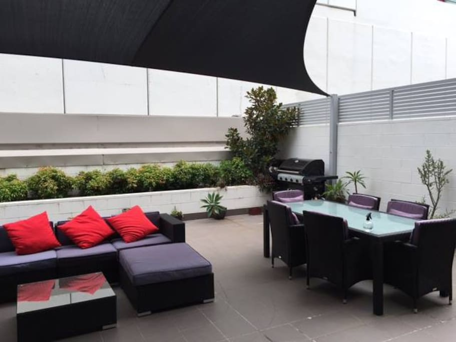 large outdoor courtyard for your use