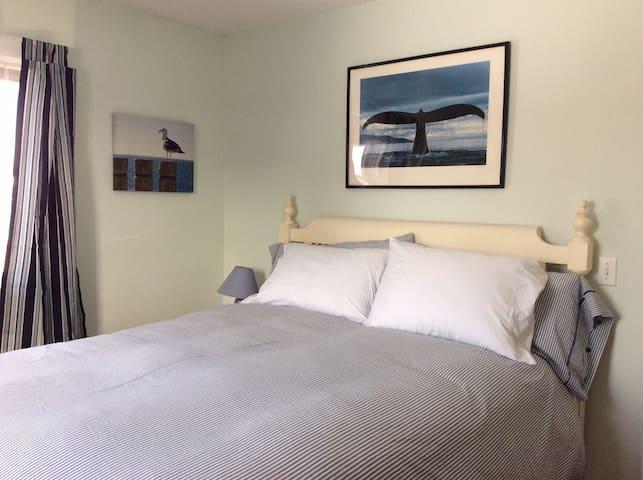 1st Floor Bedroom One  - Queen Bed