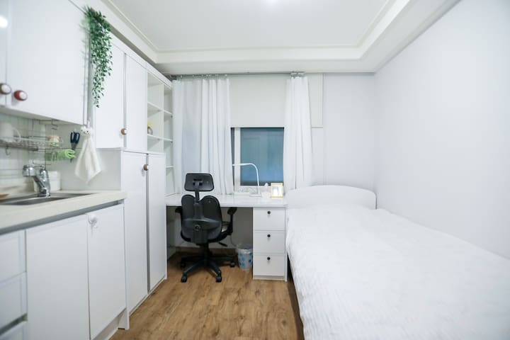 203 Clean Studio nearby Korea Univ & Anam station
