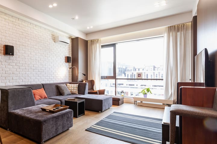 BAUMAN*THE STYLISH MODERN LOFT IN MOSCOW CENTER