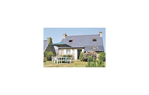 Holiday cottage with 2 bedrooms on 55m² in Crozon