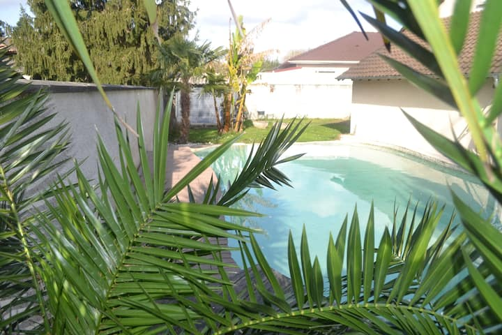 Villa avec Piscine, barbecue, pergola et véranda