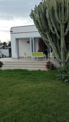 Villa la giardinetta - Fontane Bianche - Huis