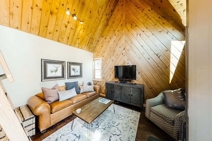 Premium Cleaned | Stylish & efficient cabin in the trees w/ wood stove, balcony, & back deck!