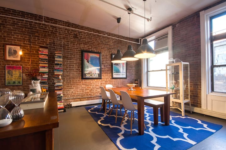 AUTHENTIC TRIBECA LOFT NEAR SOHO