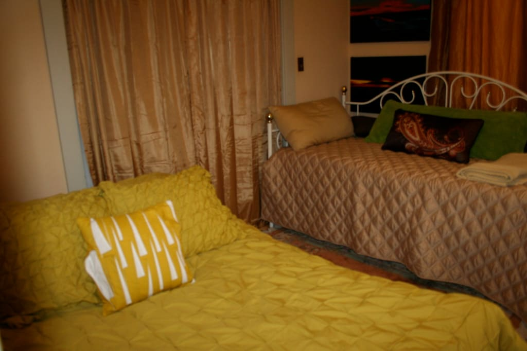 Full size comfortable bed with a Twin Day Bed which can be converted to comfortable King size bed.