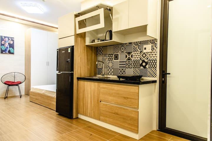 602 siu apartment & homestay, short & long term.