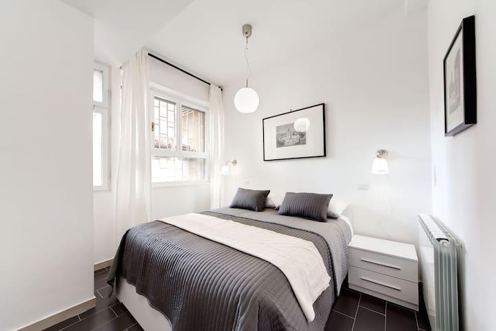 Peaceful room Magnolia - Rome - Bed & Breakfast