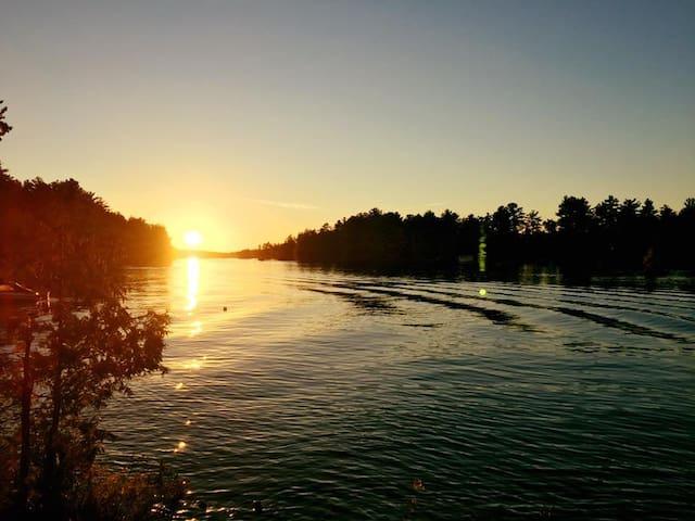 Lakeside Cabin Lake Kasshabog
