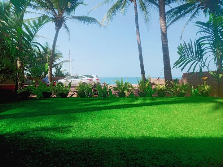 Sea view wooden cottage..Funtastico Beach Resort