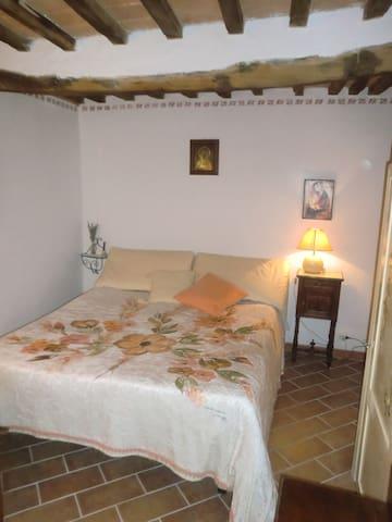 bilocale in antica torretta medievale in Tuscany - Abbadia San Salvatore - Leilighet