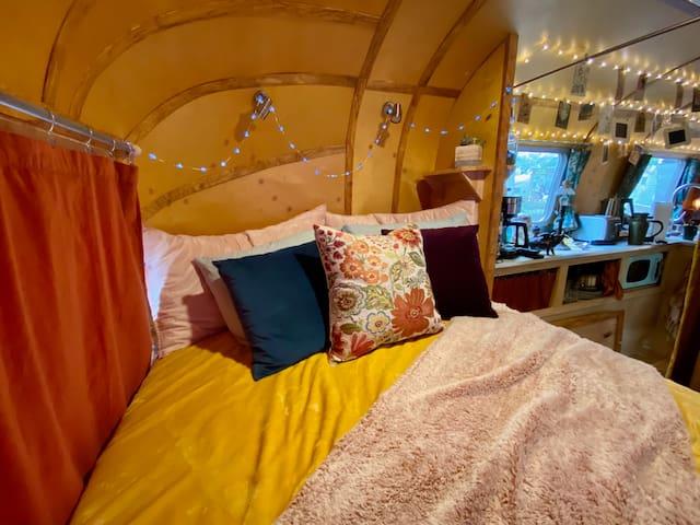 The velvet bedroom nook