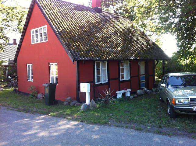 Hyggeligt sommerhus - Fejø - Casa