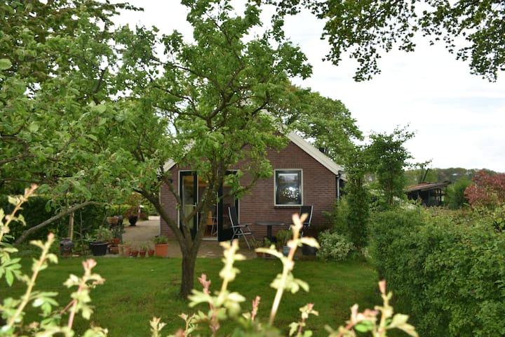 Boeren Bankje Van Steigerhout.Airbnb Vierakker Vacation Rentals Places To Stay