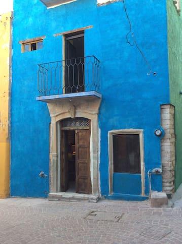 Guanajuato Colorful Apartment