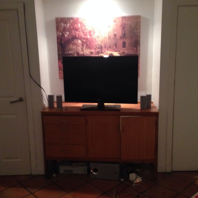 Living room - TV/cable/stereo