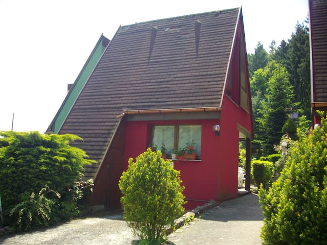 "Gite ""Pinot Noir"" : confort,parking,terrasse, wifi"
