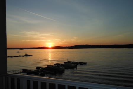 Fantastic View/Sunsets w/Boat Slip  - Appartement