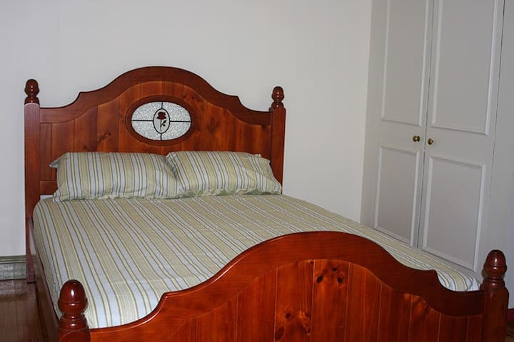 Central Ballarat Guesthouse, Room 3