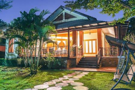 Youkr· Lanna Style Garden Villa - Chiang Mai - Villa