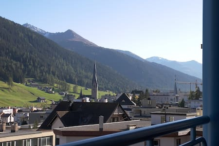 2 Bedroom Alpine Apartment, Davos!  - Davos - Apartment