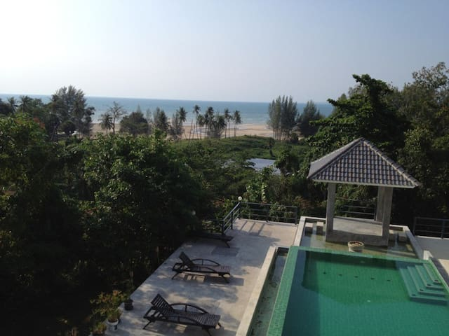 Phuket Seaview Villa; 300m to beach